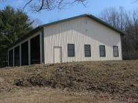 50x64x14 post-frame commercial building in Valencia, PA